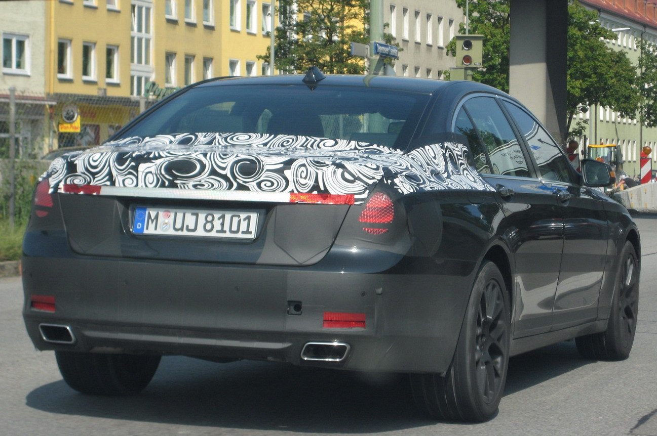 2010 BMW 5-Series Spy Photo