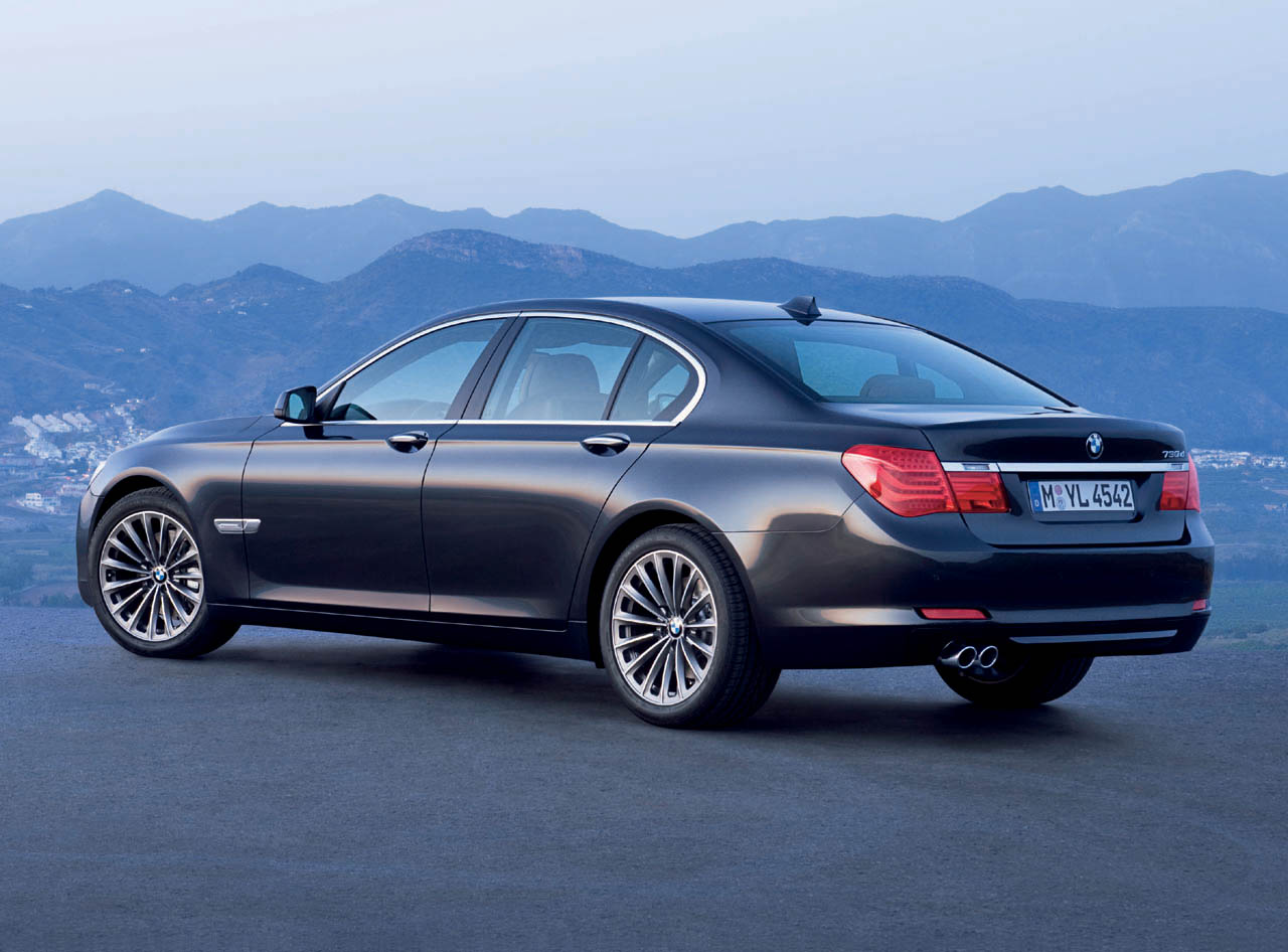 Basic prices for the 2009 BMW 7 Series