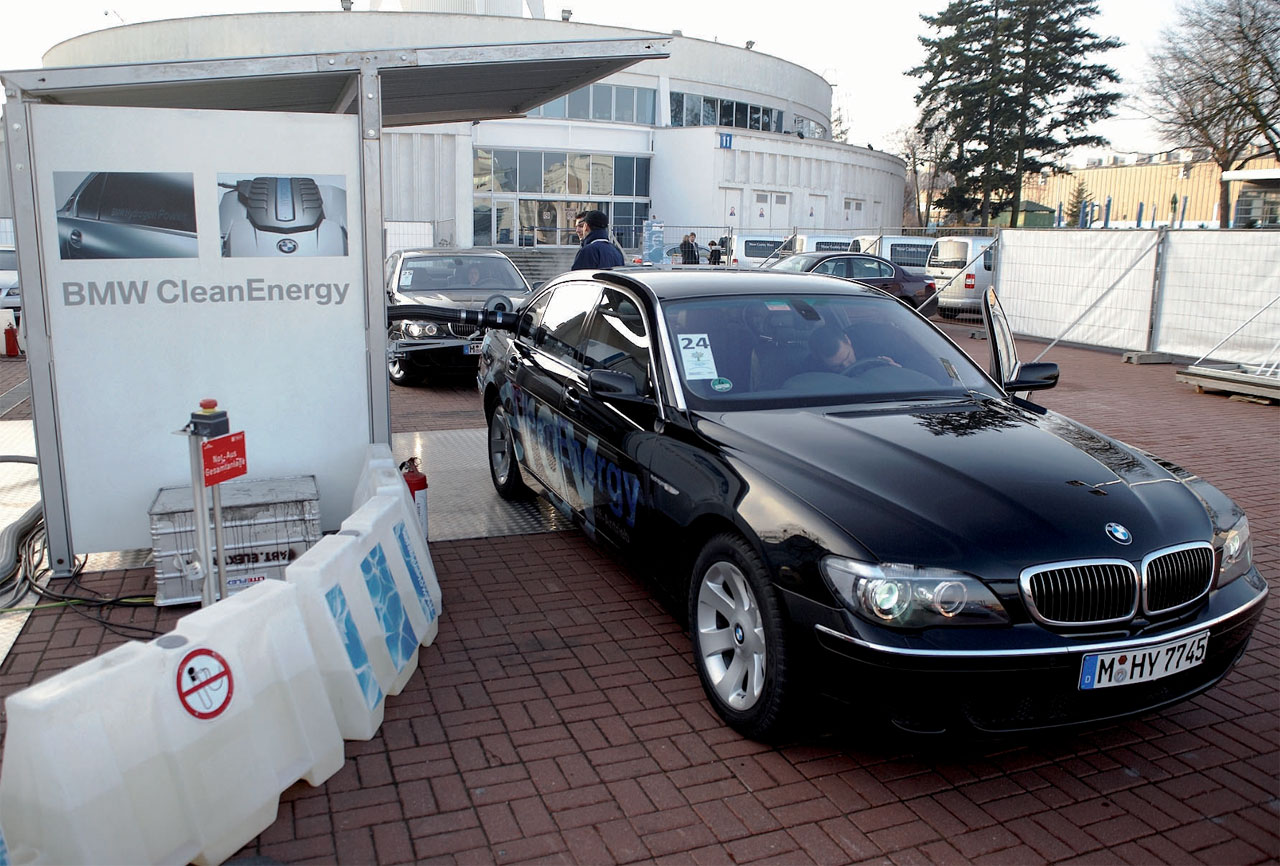 BMW Hydrogen 7 – Climate Change Conference