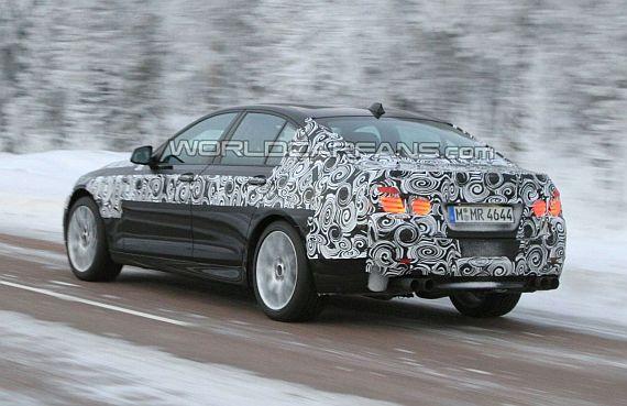 2011 BMW M5 spy photos and details