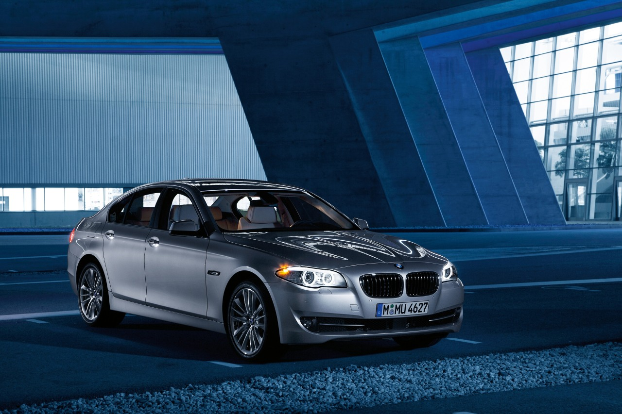 BMW 5 Series hybrid confirmed for the Geneva Auto Show
