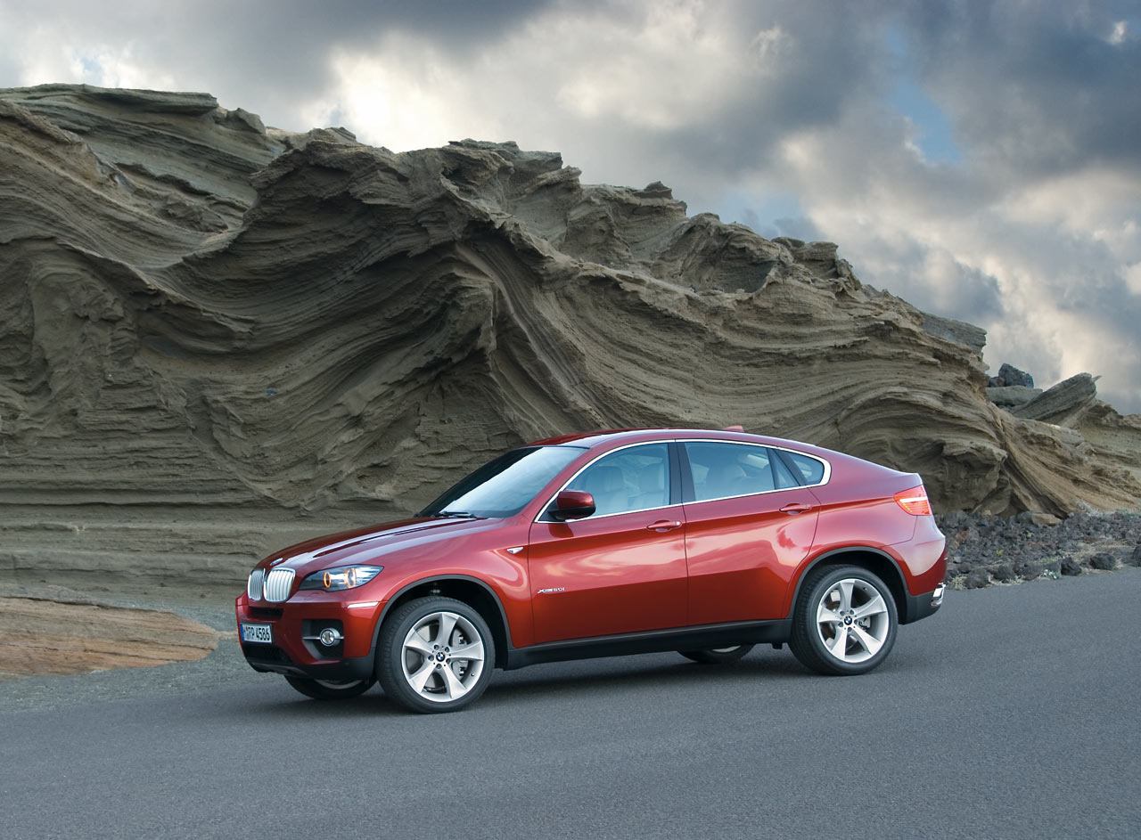 2011 BMW X6 preview with details