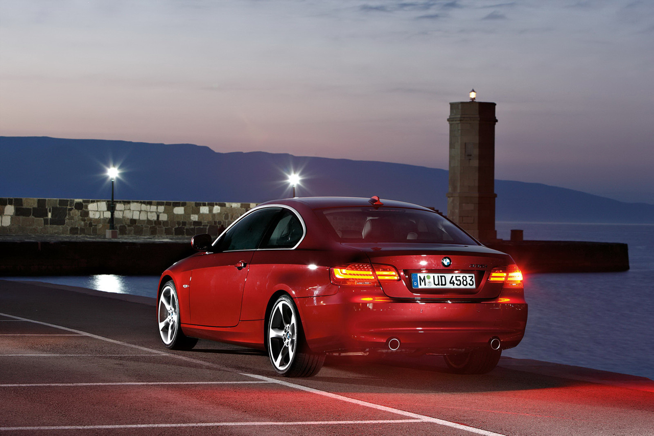 New Top Car And Bike Launches Info With Wallpapers: 2011 BMW 3 ...