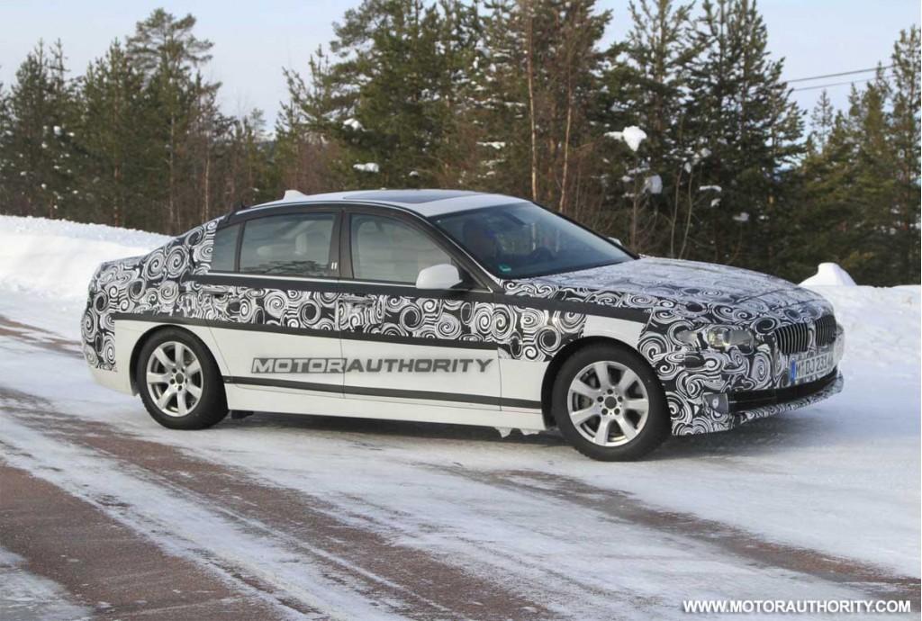 Spy photos with the 2011 BMW 5 Series Long Wheelbase Sedan