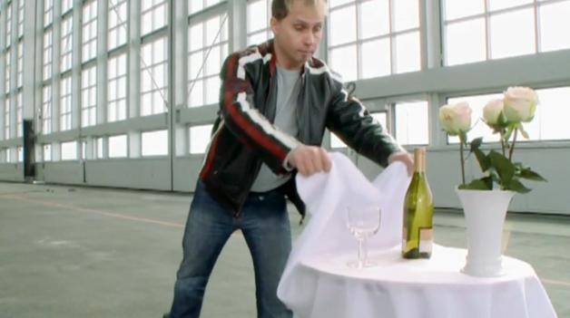 BMW S1000RR pulling the tablecloth