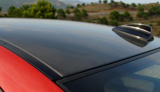 Carbon fiber on the BMW M3 Coupe