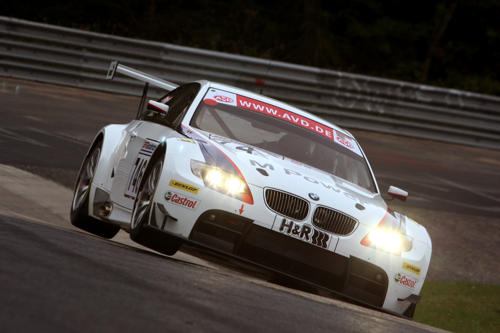 BMW M3 GT2 round the Carousel