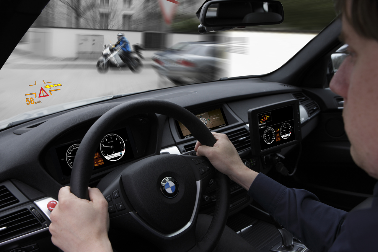 BMW AKTIV Technology demo