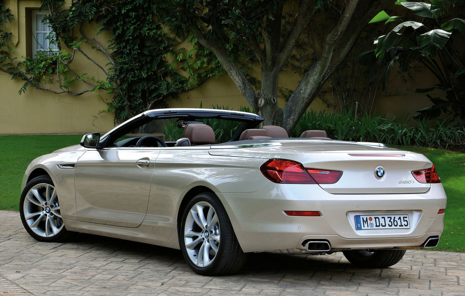 Sport Series 2012 bmw 6 series VIDEOs: 2012 BMW 6 Series Convertible (F13) fully revealed | BMWCoop