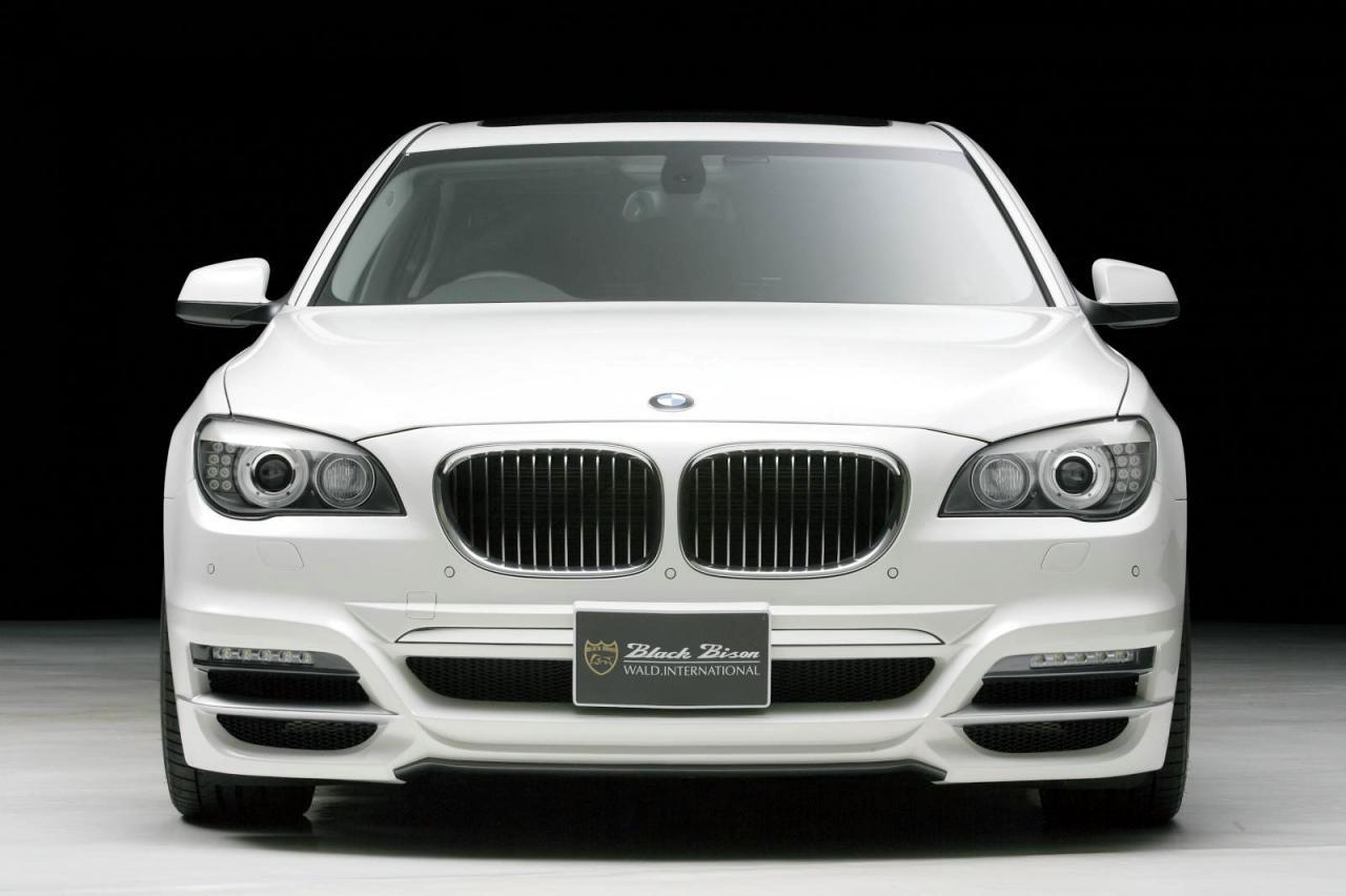 BMW 7 Series F01/F02 by Wald International