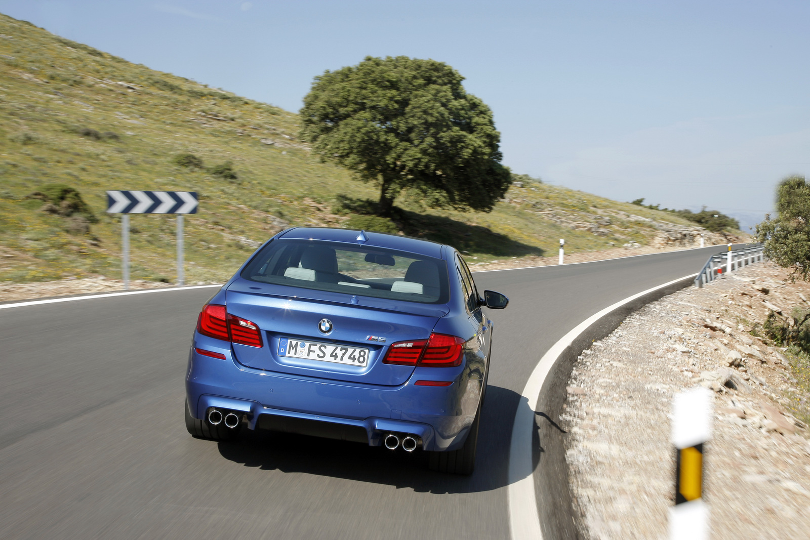 2012 BMW M5 F10 to be revealed at the Goodwood Festival of Speed in the UK