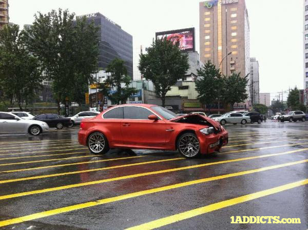 BMW 1 Series M Coupe crashed