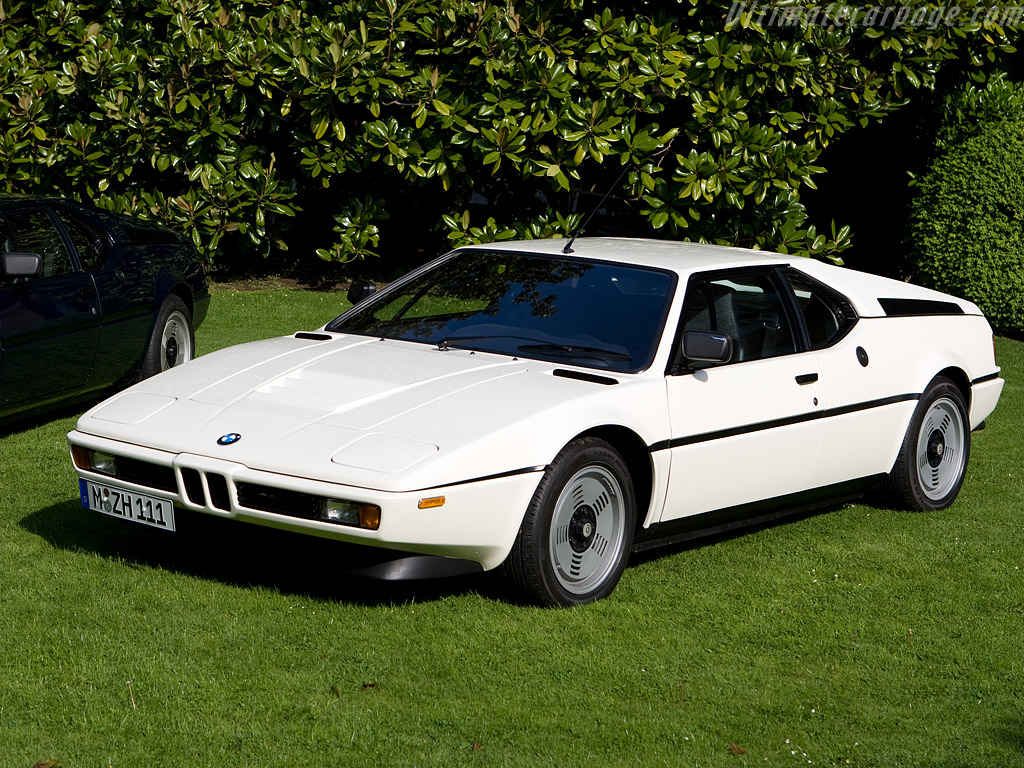 BMW M1 Review(Also Top 10 cars of all times revealed) Bmw-m1-1