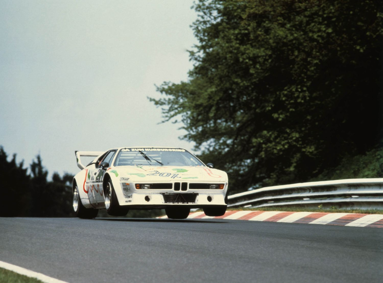 BMW M1 racer