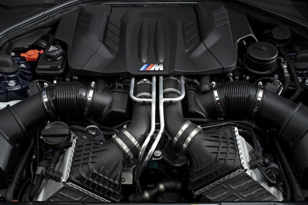 F12 BMW M6 engine