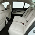 F01 BMW 7 Series facelift (32)