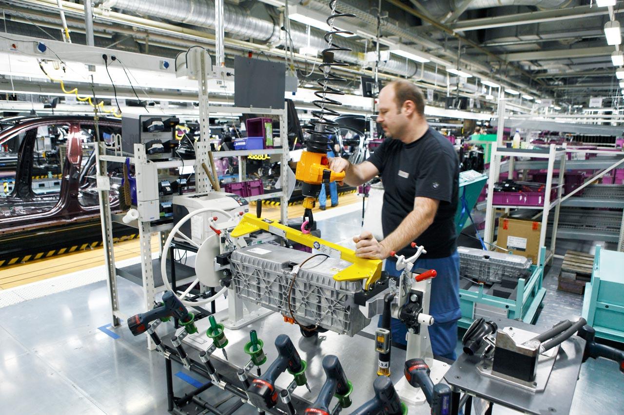 BMW manufacturing