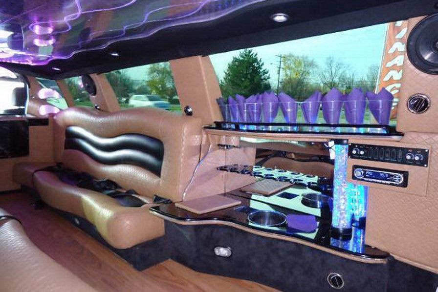 E70 BMW X5 limo