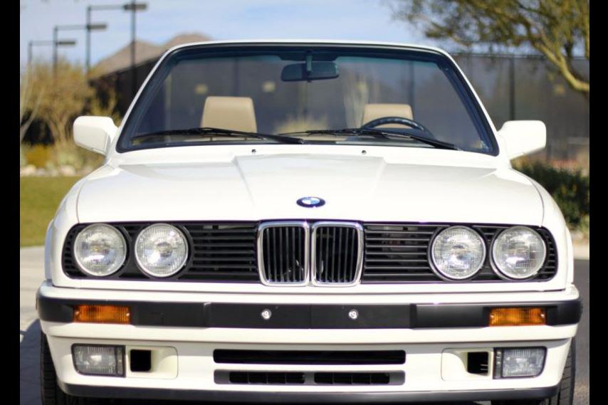 1993 E30 BMW 325i Cabrio
