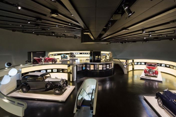BMW Museum Will Hold Rolls Royce Exhibition