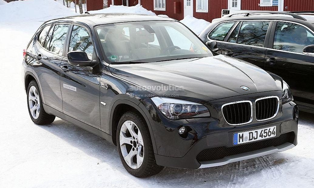 BMW X1 EV spied