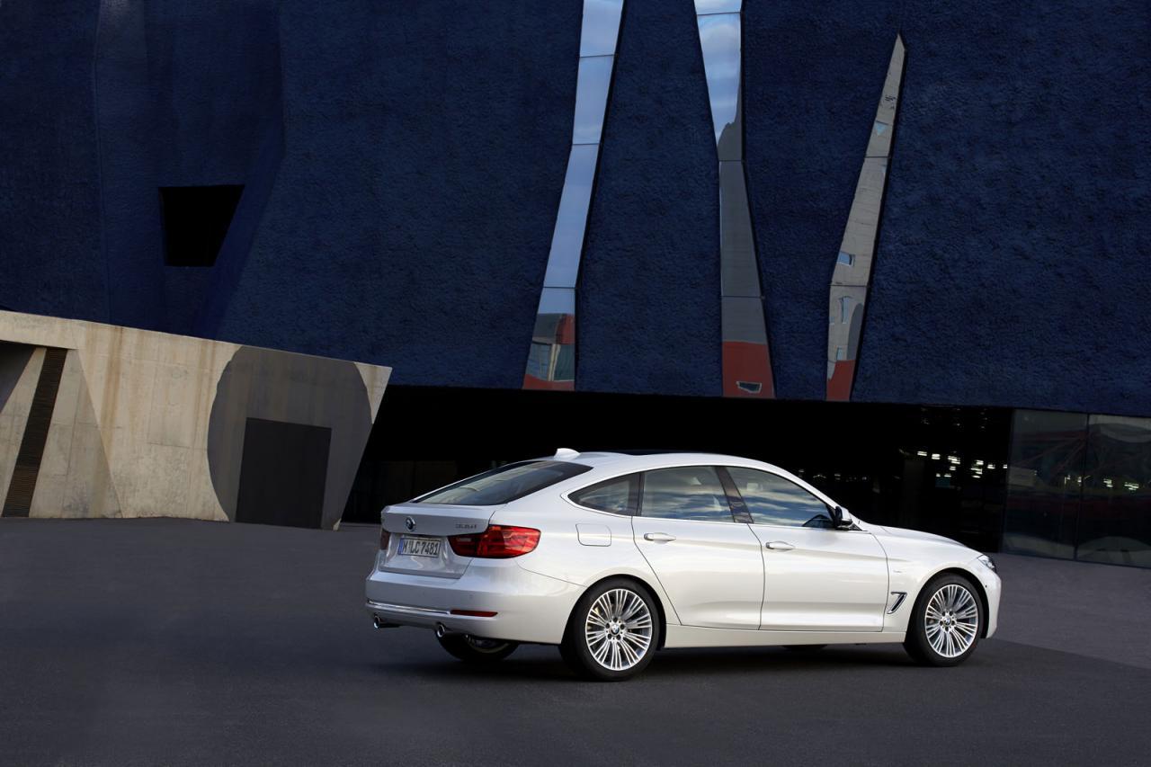 2013 BMW 3 Series GT