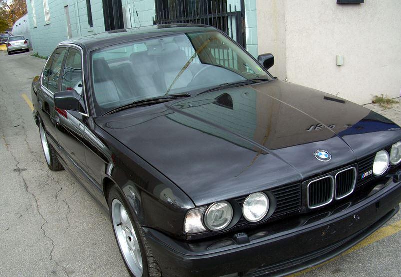1989 BMW M5