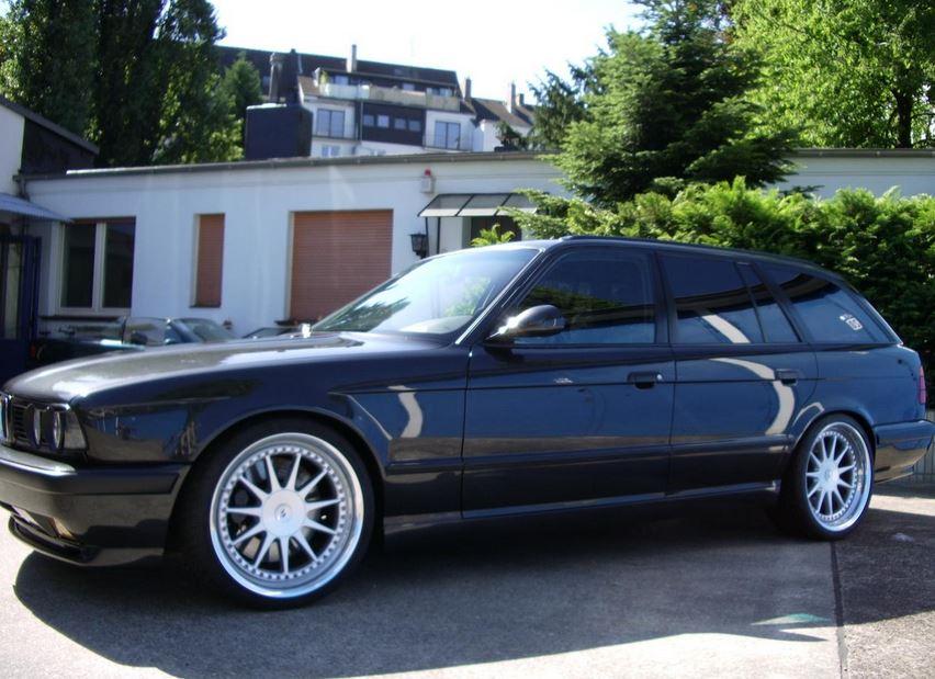 E34 BMW M5 Touring