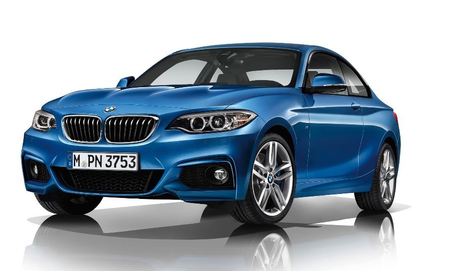 BMW 2 Series Coupe Revealed in Estoril Blue Color