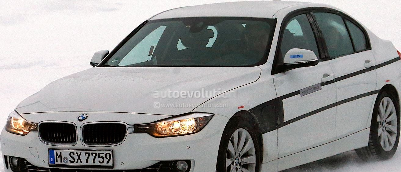 BMW 3 Series eDrive Plug-in Hybrid Out in the Cold