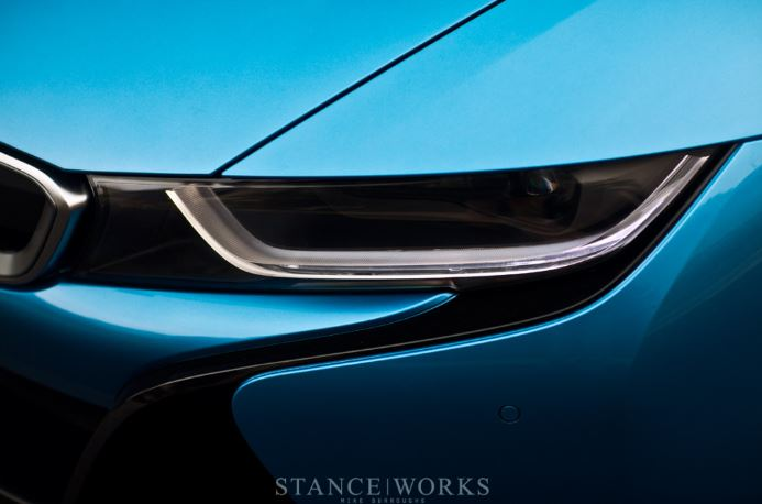 BMW`s i8 in Protonic Blue