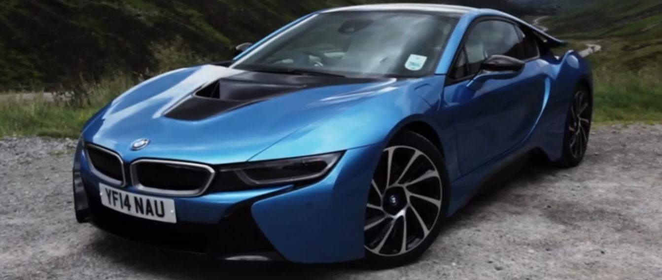 BMW i8 Hybrid Threatens Porsche 911`s Supremacy