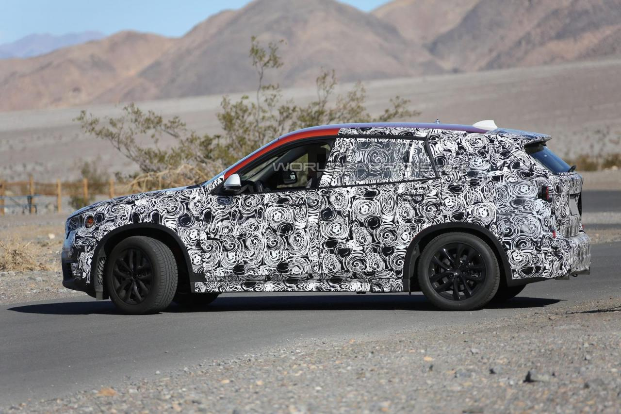 2015 BMW X1 spied