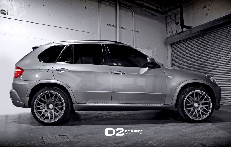 BMW X5 Equipped with D2FORGED MB1 Monoblock Wheels