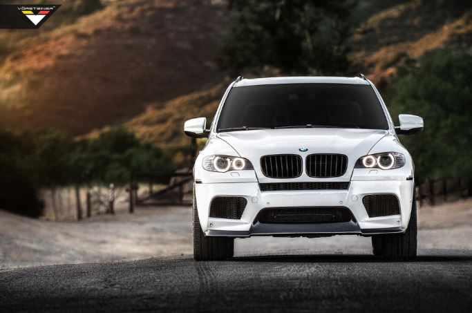 BMW X5 M in Alpine White by Vorsteiner