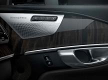 G11 BMW 7-Series with B &W Audio System