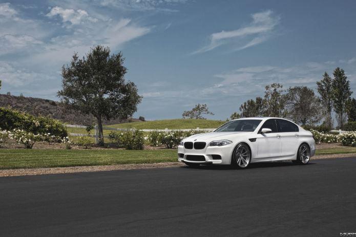F10 BMW M5 Alpine White with MORR Wheels