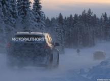 2016 BMW X1 7-Seater Spy Shot