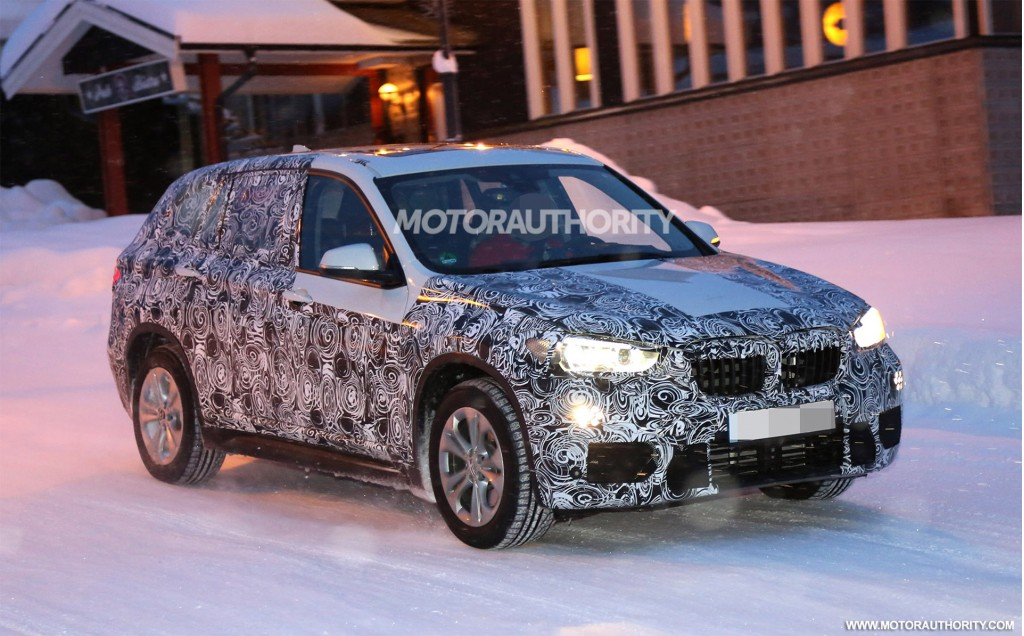 2016 BMW X1 prototype spotted during tests