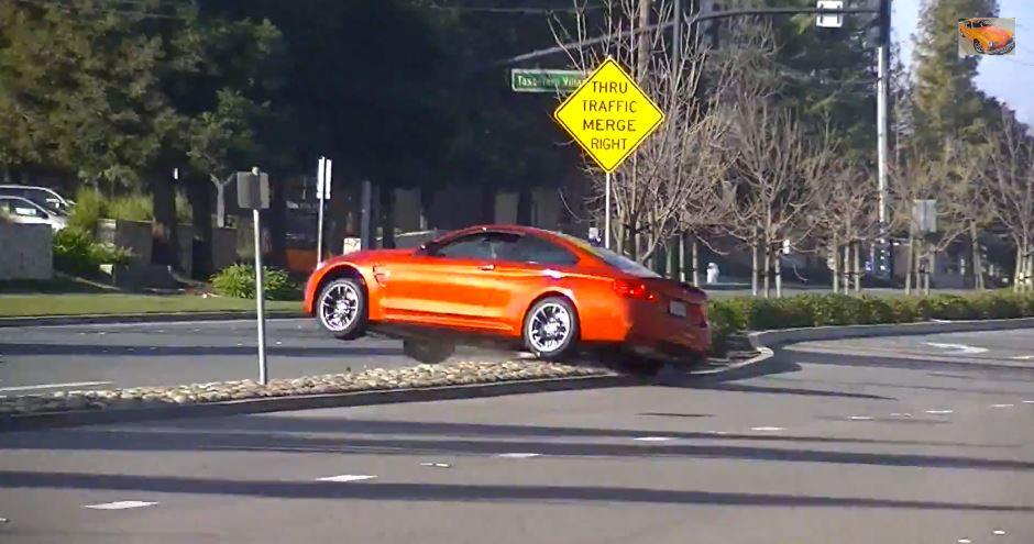BMW M4 Sakhir Orange Crash
