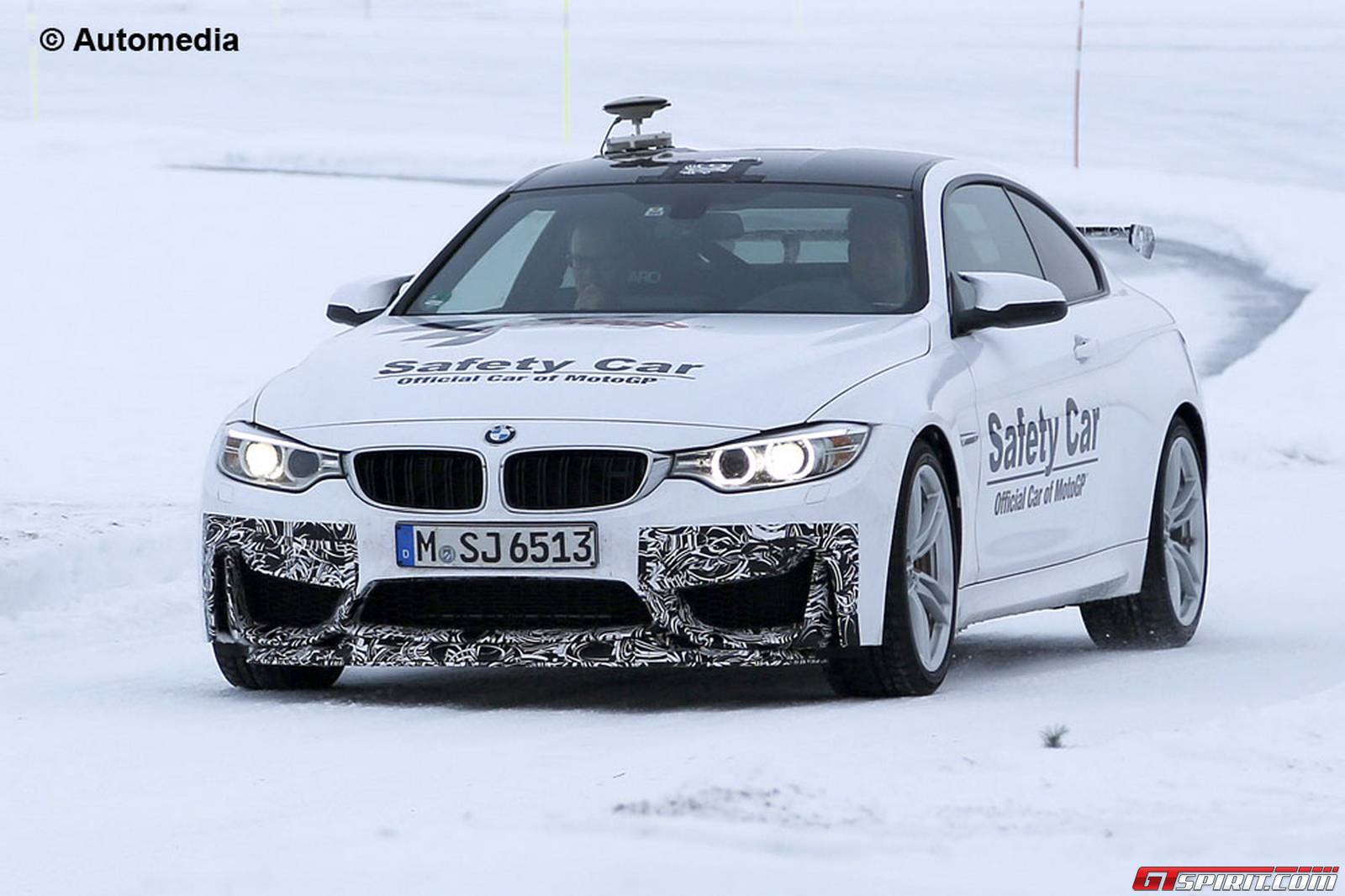 2016 BMW M4 GTS prototype spotted during tests