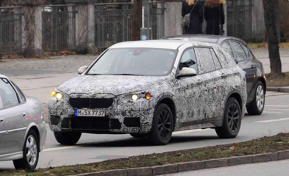 New BMW X1 SAV Spy Shot