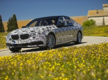 2017 BMW 7-Series Abounds with Technology, Video Revealed