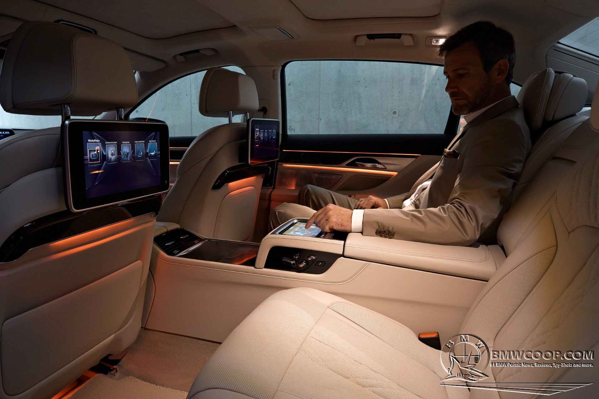 2016 BMW 7 Series Interior Design