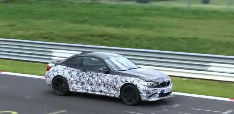 2016 BMW M2 Coupe Spy Video