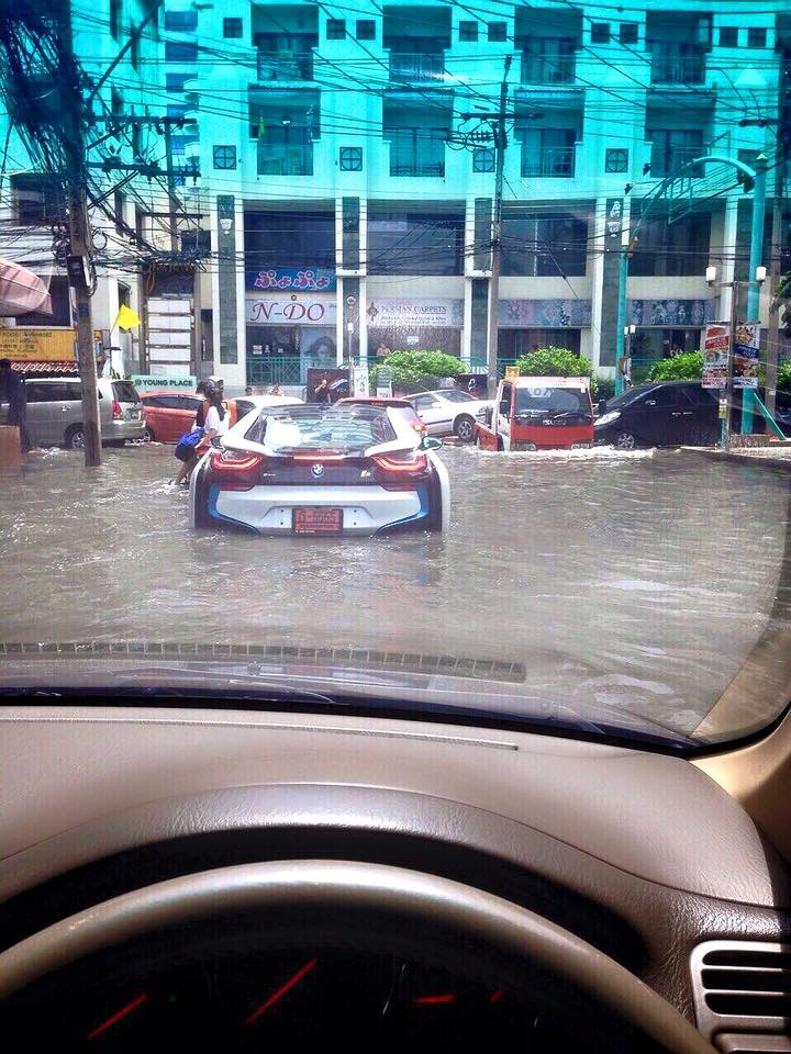 Bmw I8 Hits Water In Thailand Bmwcoop