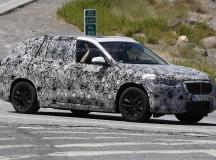 2016 BMW X1 xDrive 30e Plug-in Hybrid First Spy Shots Emerged
