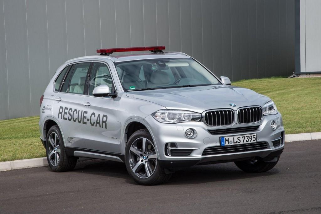 BMW X5 xDrive40e Rescue Car