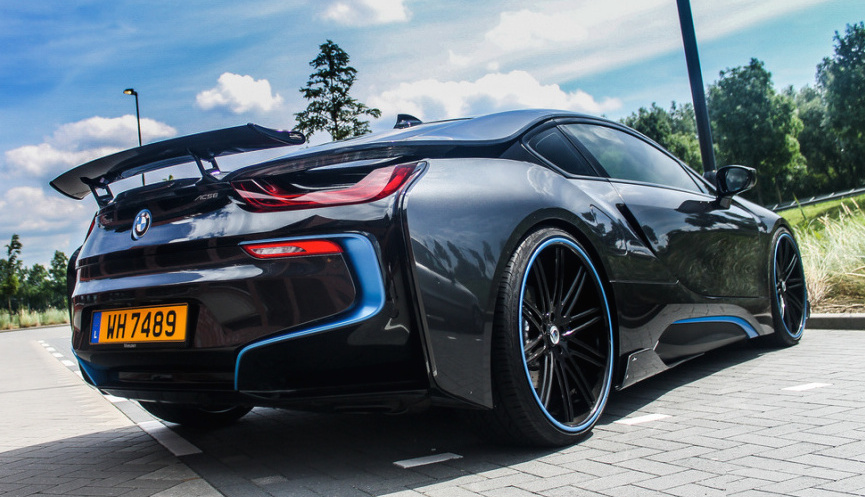 Bmw I8 Receives One Off Body Kit From Ac Schnitzer Bmwcoop