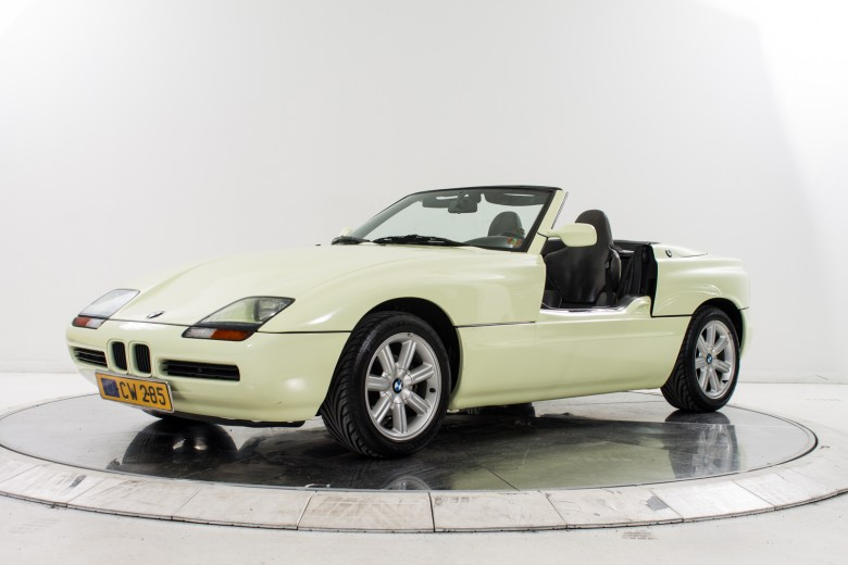 Low Mileage 1990 BMW Z1 Is Up for Grabs, Video Released